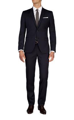 De Fursac un costume cravate classe pour le boulot