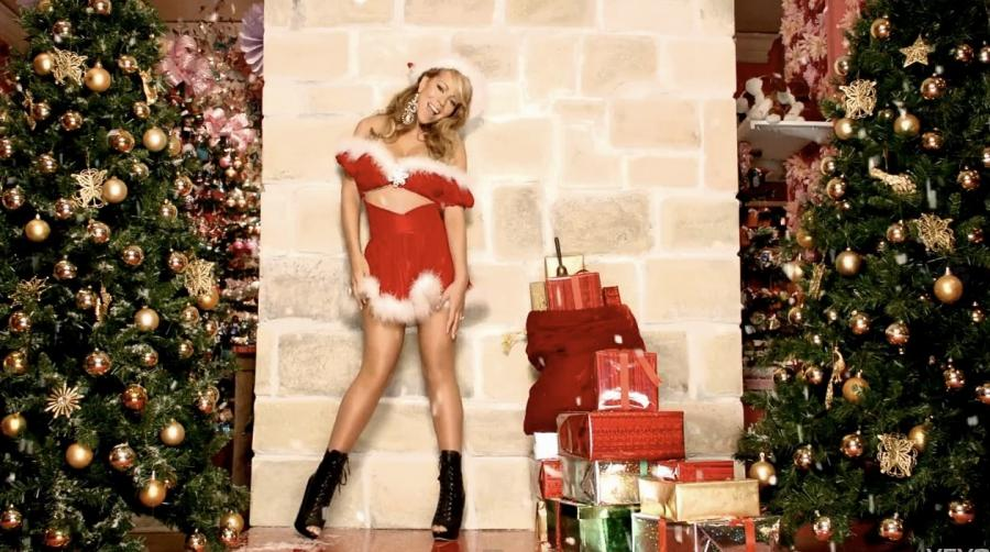 Joyeux Noel Mere Noel.Les 5 Plus Celebres Et Sexy Meres Noel
