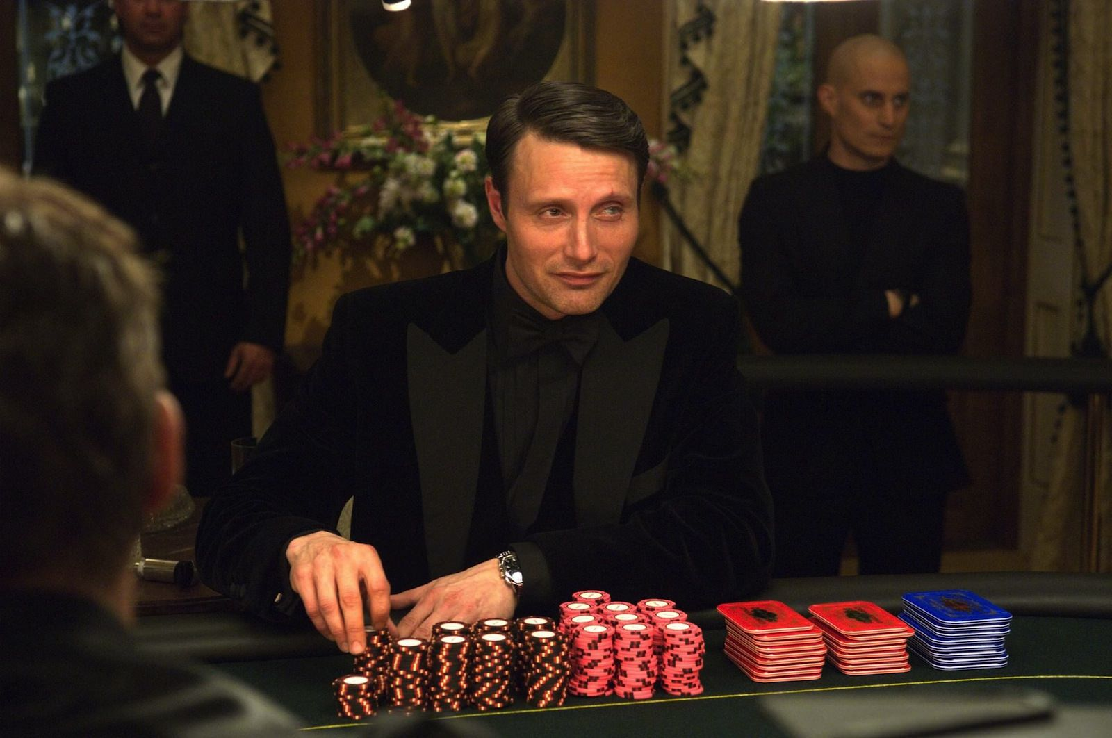casino royal poker - costume james bond