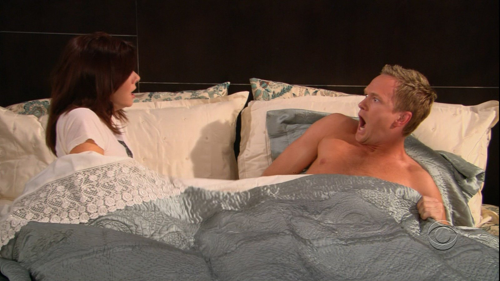 Barney---Lily---2x05-how-i-met-your-mother-719710_1600_900