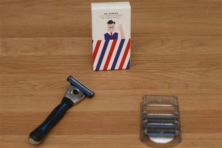 Test  et Concours, Monsieur BARBIER, rasoir et accessoires