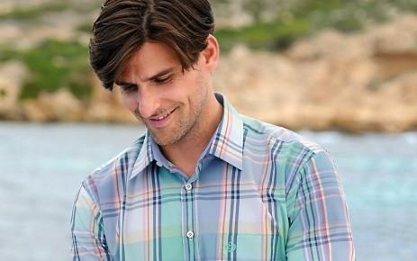 Comment porter une chemise avec style et au bon moment ?