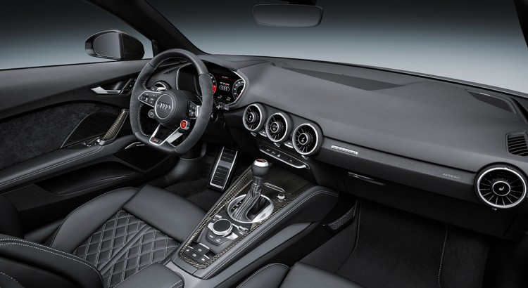 audi-tt-rs-interieur-2-750x410