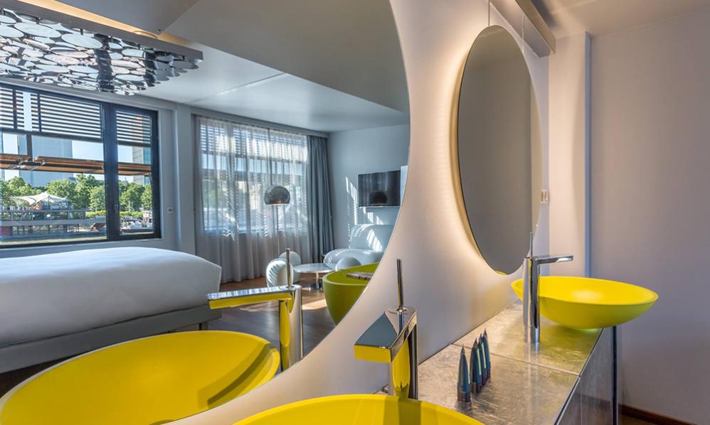 suite hotel OFF paris