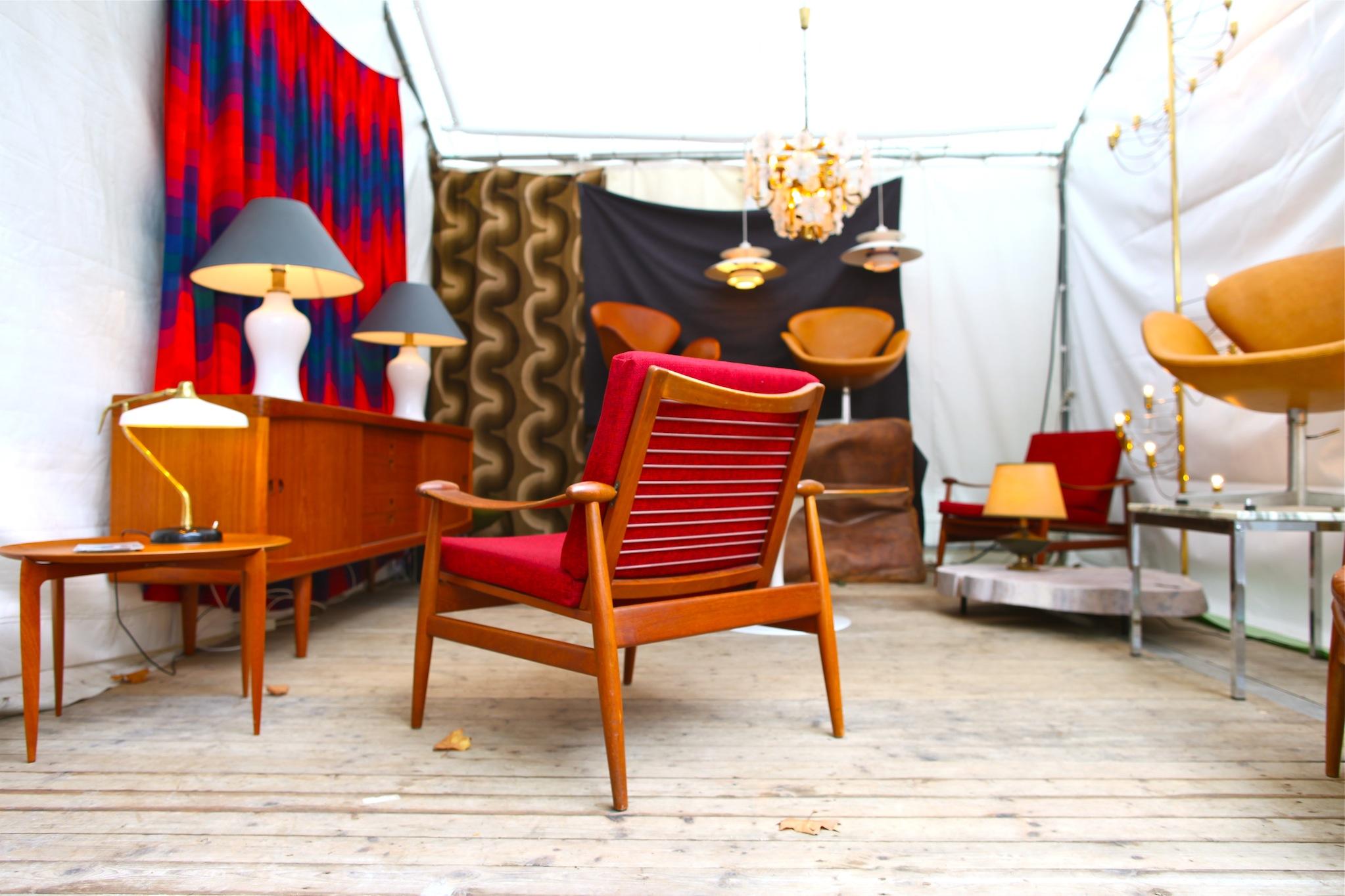 blog homme les puces du design 35 me dition jamais sans ma cravate. Black Bedroom Furniture Sets. Home Design Ideas