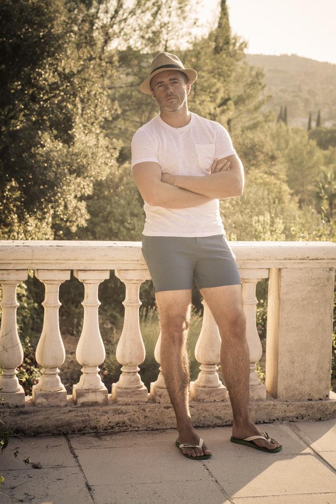 Test maillot de bain MacKeene - débout - t shirt