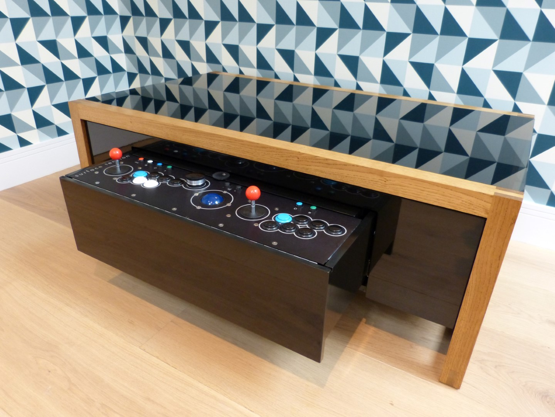 la table basse la plus cool du monde. Black Bedroom Furniture Sets. Home Design Ideas